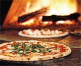 Recette de la pizza au thon (thon, ananas, maïs)
